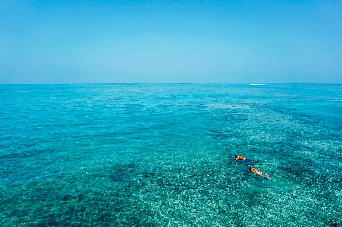 snorkeling 1209517 1920 - 10 activités à faire en Corse